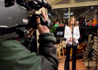 News 12 Films Scarsdale Strings Event at Vintology